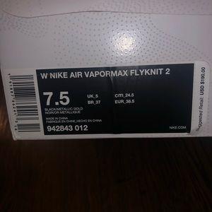 Nike Vapormax Flyknit 2. Womens Size 7.5.